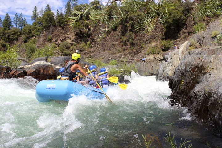 American River – Middle Fork (Tunnel Chute) – Tahoe Whitewater Tours